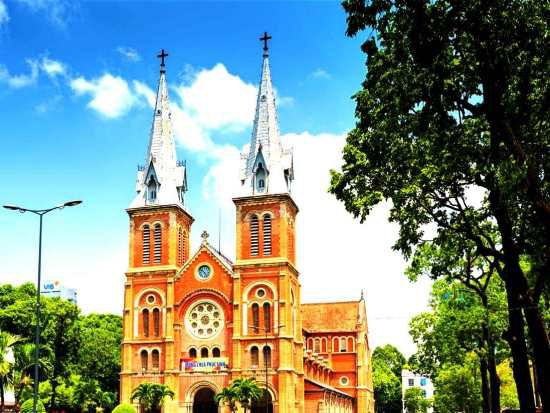 South Vietnam Tour: Saigon, Cu Chi Tunnels, Mekong