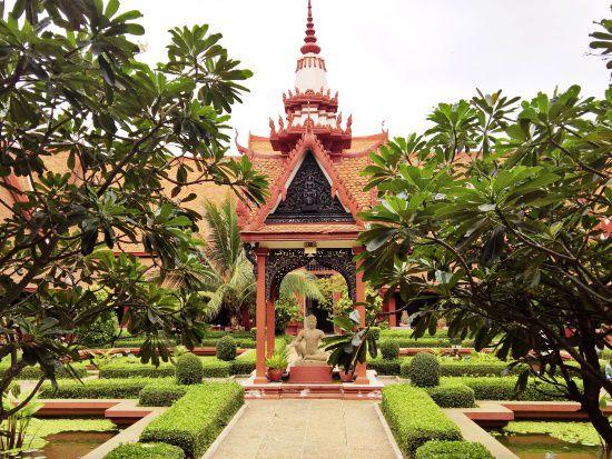 Cambodia Holiday: Siem Reap and Phnom Penh