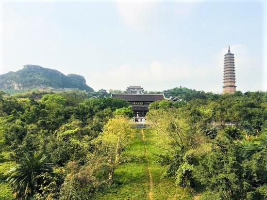Ninh Binh attractions: Bai Dinh pagoda