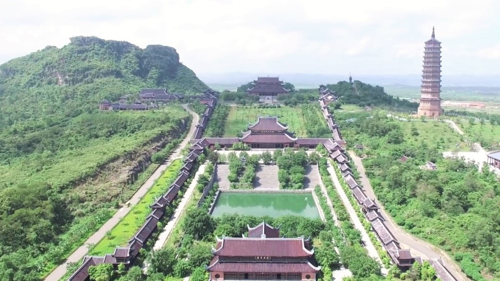 Bai Dinh pagoda - Ninh Binh highlights