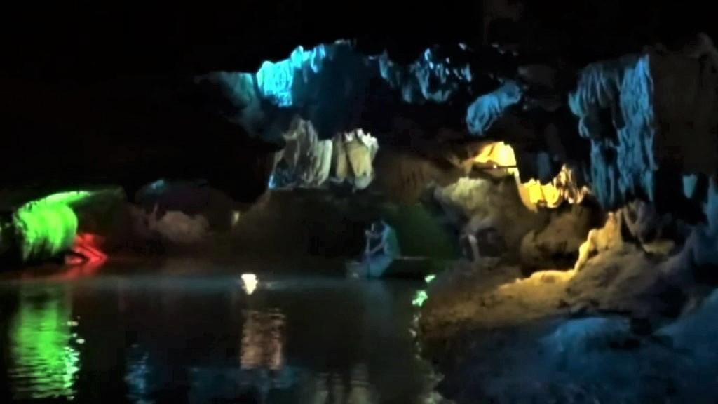 Thien Ha Grotto - Ninh Binh attractions