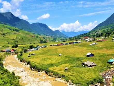 Muong Hoa Valley - Sapa Tour