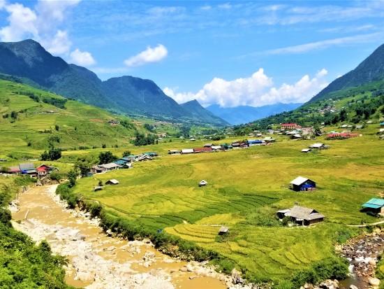 Muong Hoa Valley - Sapa Tour